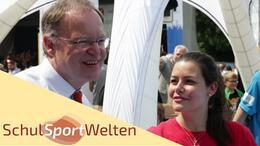 Embedded thumbnail for Tag der Niedersachsen 2015